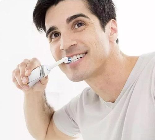 Review set đầu bàn chải điện Oral-B Precision Clean-5